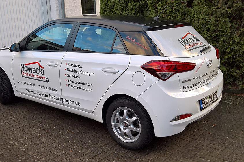 Fahrzeugbeschriftung Hyundai i20 Nowacki Bedachungen