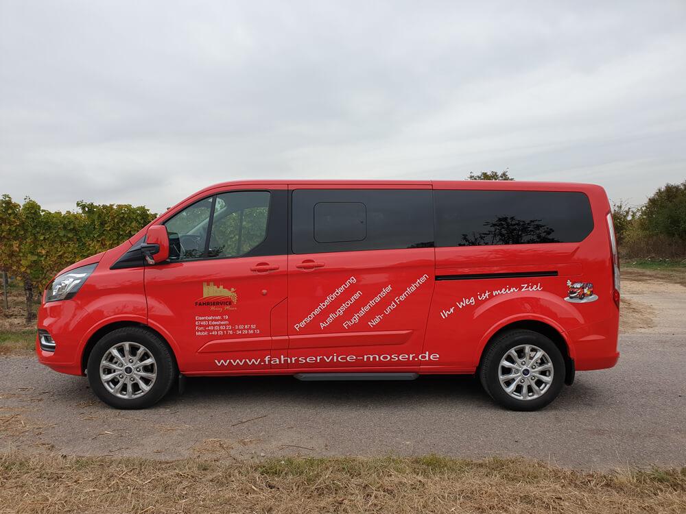 Weiteres Fahrzeug von Fahrservice Moser beschriftet